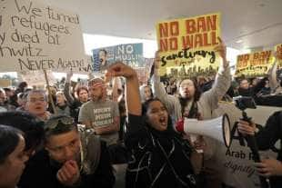 proteste contro trump a650f8c2