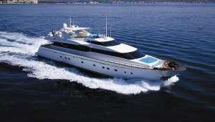 yacht dei mills