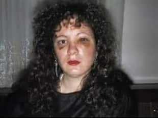 Clic gli scatti d autore di nan goldin la regina dell obiettivo che mise in imbarazzo bill clinton - Nan goldin il giardino del diavolo ...