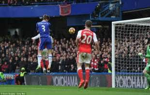 CHELSEA ARSENAL ALONSO