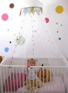 La morte in culla ikea richiama milioni di tendine per culle rischio strangolamento business - Lettini per neonati ikea ...