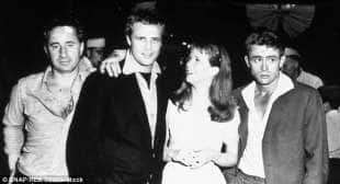 james dean e marlon brando nel 1955