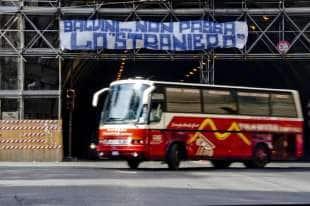 Napoli contro Salvini 87ec3b16