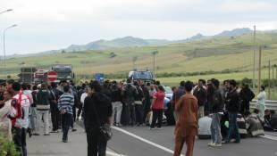 proteste contro il cara di mineo