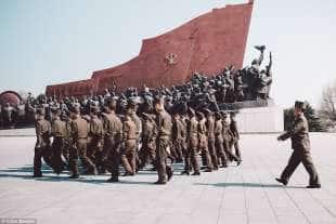 parata militare a pyongyang