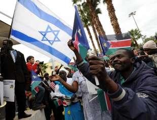 PROTESTE IN ISRAELE CONTRO LA DEPORTAZIONE DEI MIGRANTI