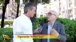 STRISCIA INTERVISTA UN FIGURANTE DI AFFARI TUOI CONTRO INSINNA