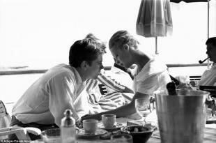 alain delon e romy schneider, cannes 1959