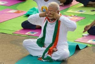 narendra modi giornata mondiale dello yoga 2015 7