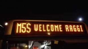 m5s welcome raggi atac da il benvenuto a virginia
