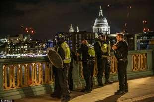TERRORE A LONDRA NEL NOME DI ALLAH