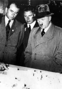 ALBERT SPEER E HITLER