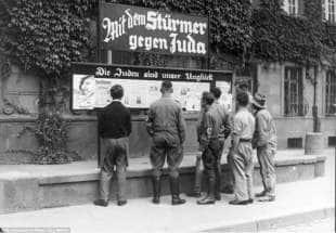 propaganda antisemita