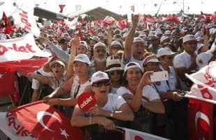 marcia di protesta contro erdogan 3