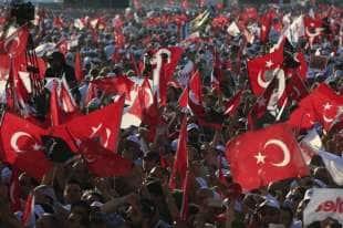 marcia di protesta contro erdogan
