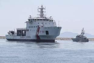 la nave diciotti a trapani 1