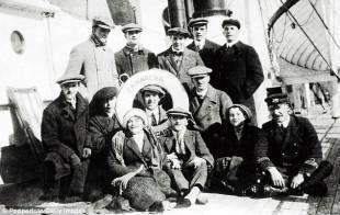 al centro chaplin 1910