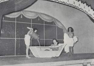 bagno nel latte show 1951