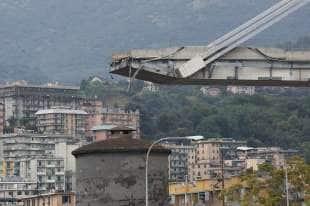 crollo ponte morandi 2