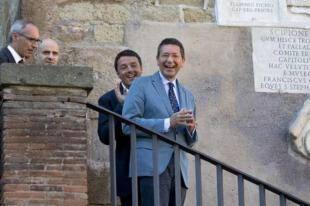 IGNAZIO MARINO E MATTEO RENZI IN CAMPIDOGLIO