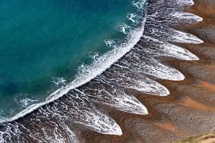 beach-cusps-712745_tn.jpg
