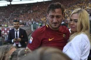 francesco totti ilary blasi addio al calcio