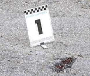 Giallo firenze una 17enne e stata trovata in una pozza - Bagno di sangue ...