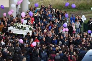 funerali desiree mariottini 6