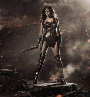 gal gadot nei panni di wonder woman per il prossimo batman vs superman