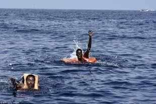 migranti nel mediteraneo