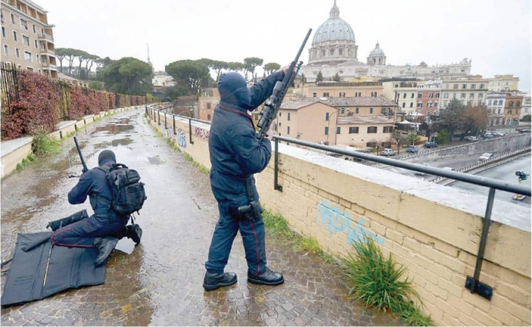 Ufficio Passaporti Roma Nuovo Salario : Roma arrestato antonio franco dirigente del commissariato di