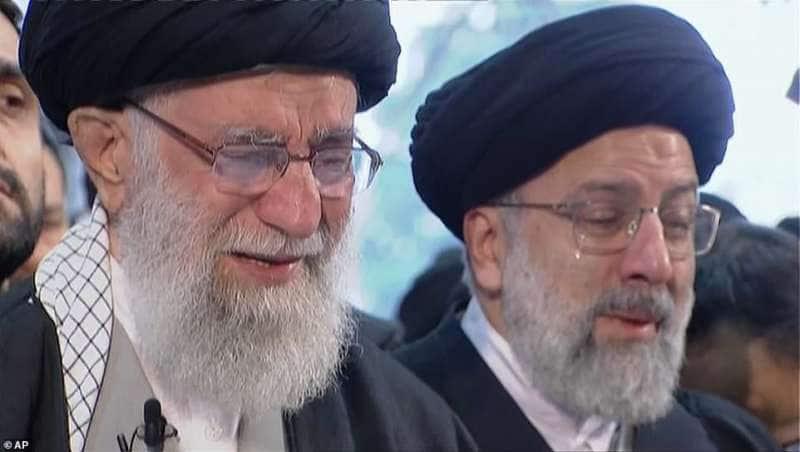 ayatollah in lacrime per soleimani