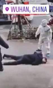 frame dei video delle persone che cadono a wuhan 9