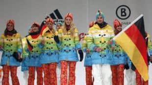 3875475b33b1 Ma come sono vestiti strani gli atleti di Sochi  Squadra tedesca arcobaleno