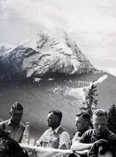 il nazismo visto dalla guardia del corpo di hitler 12
