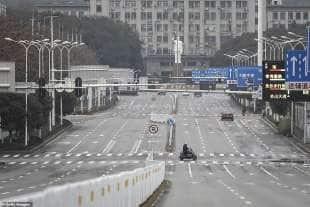 le strade di wuhan deserte