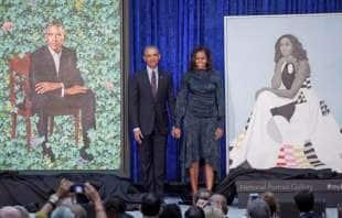 michelle e barack obama e i loro ritratti