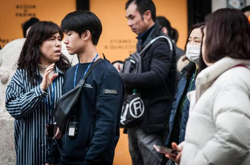 turisti cinesi con la mascherina a roma 7