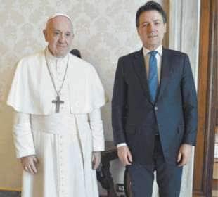 PAPA BERGOGLIO E GIUSEPPE CONTE