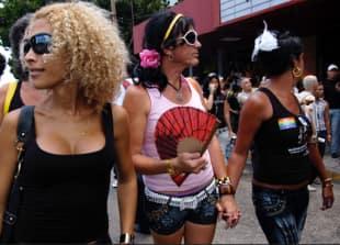 Matrimonio Simbolico A Cuba : Cuba libre! tutto pronto per il primo matrimonio gay di massa