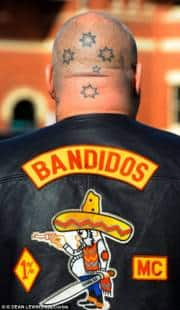 anche in italia c'e' guerra tra due gang di bikers, gli 'hells