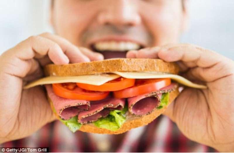 perdere peso smettere di mangiare fast food