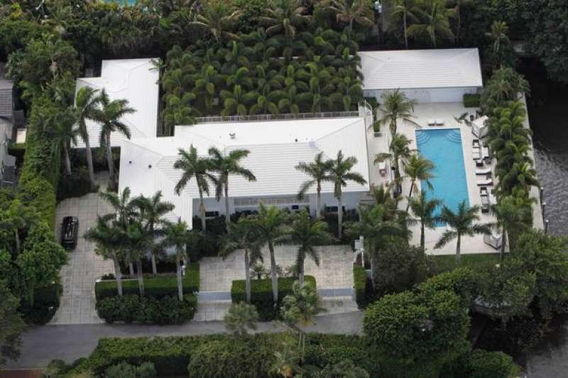 la casa di jeffrey epstein a palm beach 4