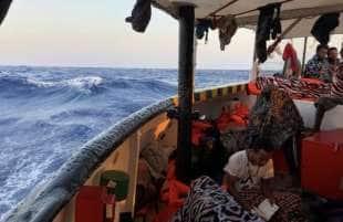 migranti a bordo della open arms 3