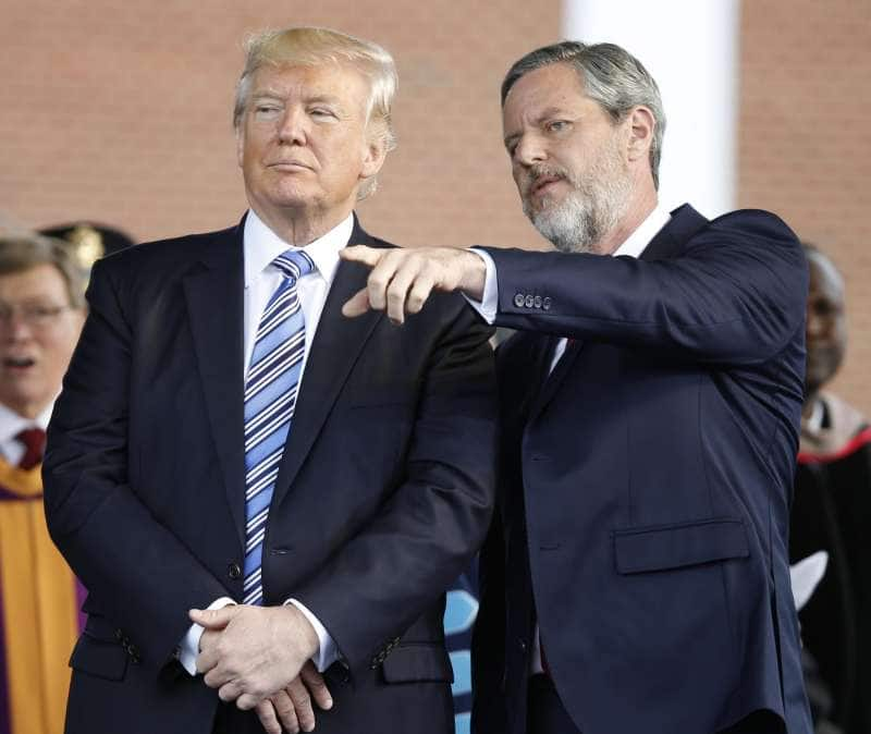 jerry falwell jr. e donald trump 8