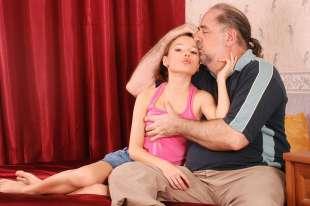 Più grande culo anale porno