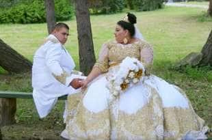 Il Mio Matrimonio Gipsy : Nozze gipsy lei ha un vestito in oro da euro il