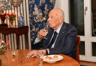 il presidente emerito giorgio napolitano
