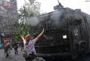 scontri e proteste in cile 4