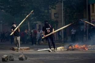 scontri e proteste in cile 6